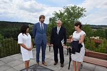 Ministr Vojtěch chválí léčebnu