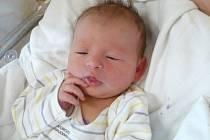 ANEŽKA HROUZKOVÁ (3,5 kg a 51 cm) je od 26.2. od 16:36 jméno prvního miminka Terezy a Luboše Hrouzkových z Chrasti.