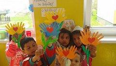 Předškolka učí děti z vyloučených lokalit.