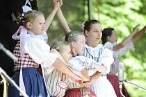Slatiňanské pozastavení v zámeckém parku nabídlo bohatý program.