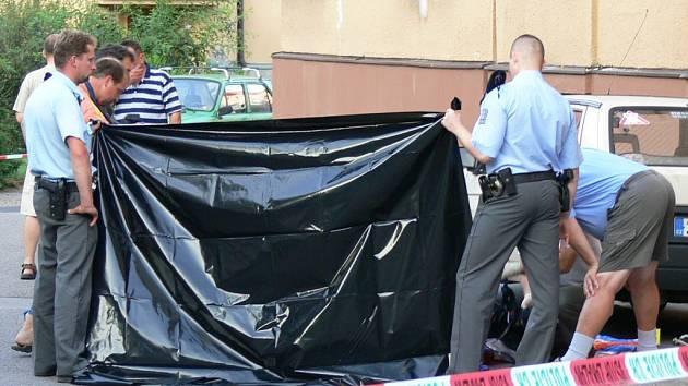 Policie místo tragédie uzavřela na několik hodin.