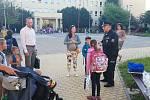 Policisté budou na děti dohlížet do konce září