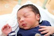 Denis Milo (3,3 kg a 50 cm) je od 11.4. od 3:26 prvorozeným synem rodičů Denisy a Karla z Hrochova Týnce.