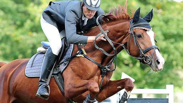 V SOBOTU 18. září se konaly ve Vestci Podzimní jezdecké závody. Na start celkem tří závodů nastoupilo 60 koní a jezdců.