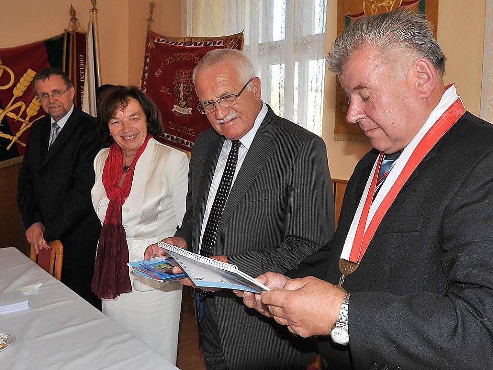Prezident Václav Klaus při návštěvě Chrudimska.