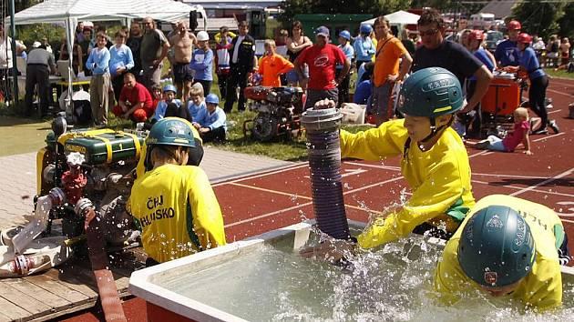 Mladí hasiči soutěžili v Hlinsku O pohár starostky města.