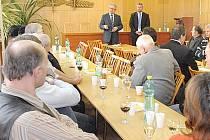 Senátor Jan Veleba otevřel v Chrudimi svou kancelář.