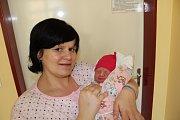 ADÉLA CRKALOVÁ (3,45 kg a50 cm) potěšila 29. 3. ve 21:41 nejen rodiče Radku a Jana z Výsonína, ale také sourozence Terezku (9) a Honzíka (7).