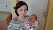 EMA HAUEROVÁ (3,63 kg a 50 cm). Čerstvými rodiči jsou od 9.12. od 8:33 Petra a Petr Hauerovi z Chrudimi.