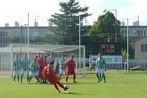 Okresní derby Chrudimi a Načešic nabídlo před početnou diváckou kulisou napínavý duel se spoustou branek.