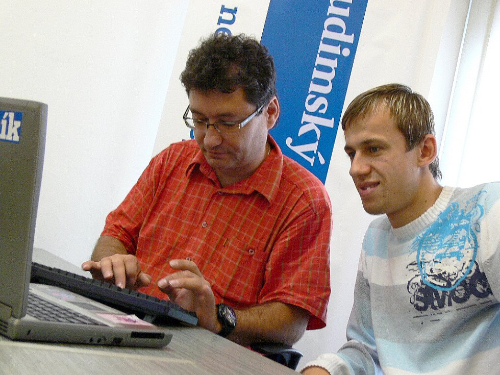 Ota Stejskal (vlevo) a Lukáš Rešetár odpovídají na dotazy čtenářů.