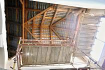 Výstavba nových ateliérů v podkroví budovy Základní umělecké školy Chrast.