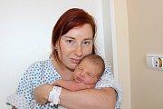 LUCIE FORMANOVÁ (2,88 kg a 48 cm) je od 28.7. od 16:12 prvorozenou dcerou Kateřiny a Radka z Chrudimi.