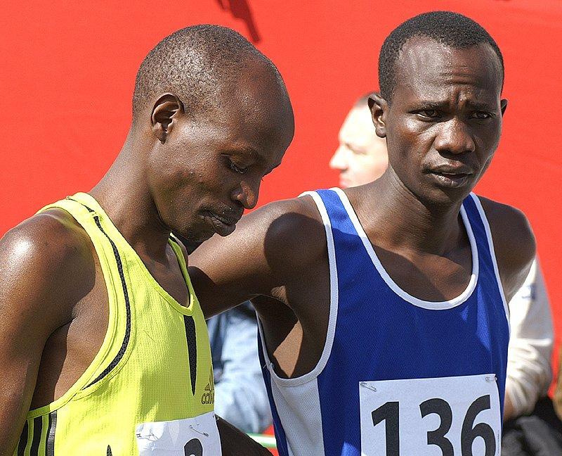 Na startu se objevilo hned osm běžců z Afriky.