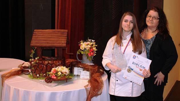Z republikové soutěže kuchařů a cukrářů.