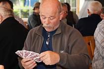 V lesní restauraci Monaco ve Slatiňanech se konal 5. turnaj v křížovém mariáši jednotlivců a dvojic