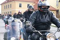 První letošní vyjížďka Sidecar clubu Nasavrky mířila do Zbraslavic.