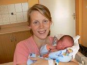 ANTONÍN HLAVÁČ (3,33 kg a 51 cm) je od 29.10. od 21:13 po 2letém Vašíkovi jméno dalšího miminka Kristýny a Jana z Chrudimi.