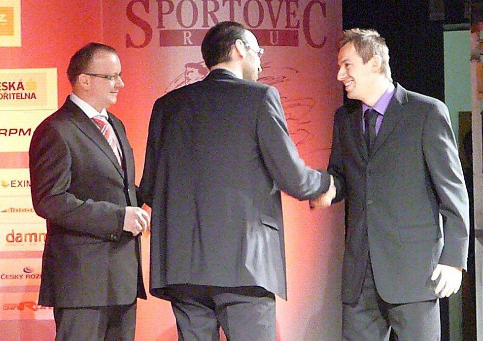 Stříbro v anketě Nejúspěšnějsí sportovec Chrudimska za rok 2011 získal v kategorii jednotlivci dospělí futsalista Lukáš Rešetár.