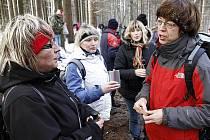 Silvestr u pramene řeky Chrudimky si nenechaly ujít desítky turistů z Hlinecka i Chrudimska.