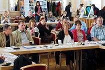 Odborná komise pozorně sledovala prezentace