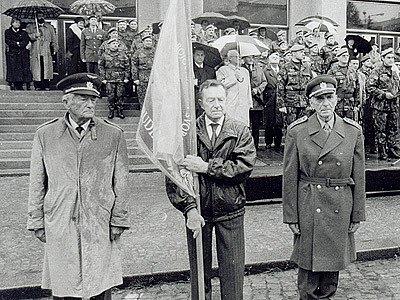 Dalimil Matus (na snímku vlevo), plukovník letectva ve výslužbě a pilot R.A.F.