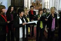 Německý pěvecký sbor Liedertafel z Havelbergu koncertoval v kostele sv. Kateřiny spolu s chrudimským Slavojem.
