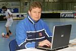 Tomáš Neumann na pozápasové tiskovce hodnotí utkání.
