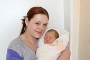 LILLY STŘASÁKOVÁ (3,68 kg a 51 cm) – toto jméno vybrali 27.7. v 15:35 pro svou prvorozenou dceru Tereza a Pavel zChrudimi.