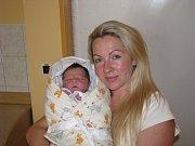 IZABELA DVOŘÁKOVÁ (3,72 kg a 51 cm) je od 4.12. od 12:37 po 2letém Jiříkovi jméno dalšího miminka Ivy a Jirky z Pardubic.