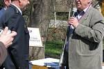 Miloš Zeman se stal v Lánech čestným členem zdejších dobrovolných hasičů.