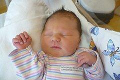 TOBIÁŠ NOVÁK (3,79 kg a 51 cm) –  tak se od 20.3. od 19:58 jmenuje prvorozený syn Anety Kleprlíkové a Tomáše Nováka z Chrudimi.