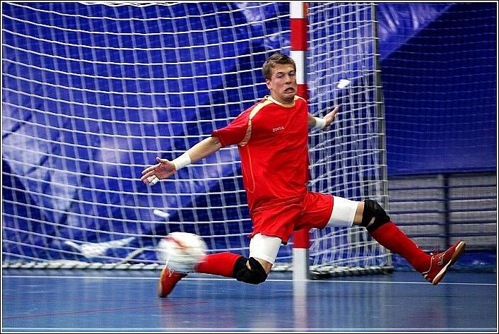 Era-Pack Chrudim porazil v osmifinále futsalového Poháru ČMFS Torf Pardubice na jeho půdě 6:3.
