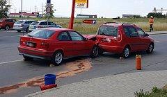 Nehoda dvou aut u Penny Market.