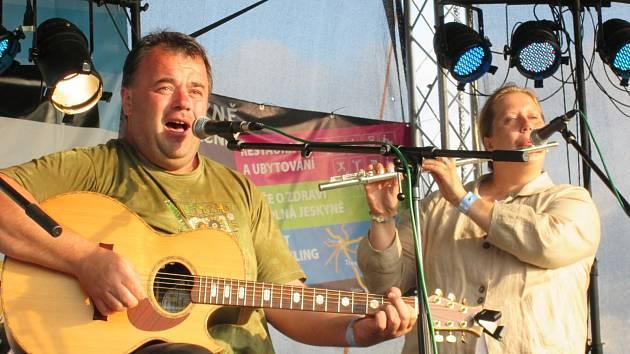 Tradiční festival Folk na Lichnici navštívilo přes sedm stovek diváků.