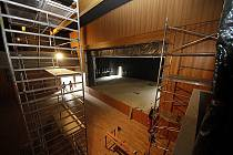 Červen 2011: Stavba multifunkčního centra v Hlinsku je téměř hotova.