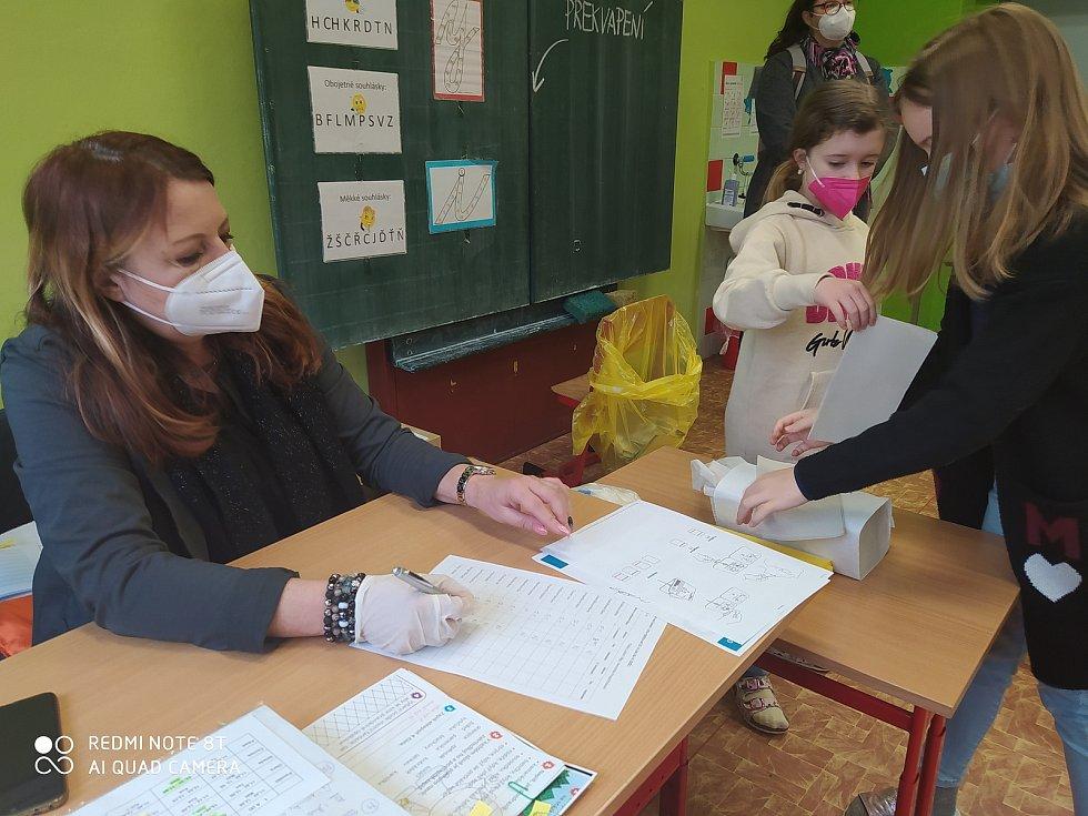 testy děti bavily