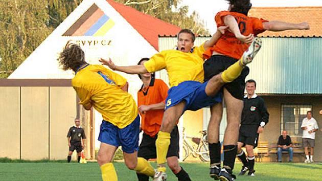 Rezerva AFK vyhrála v Rozhovicích.