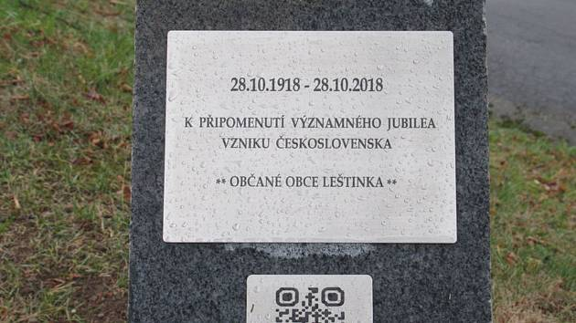 Kamenný mezník v Leštince připomíná vznik Československa