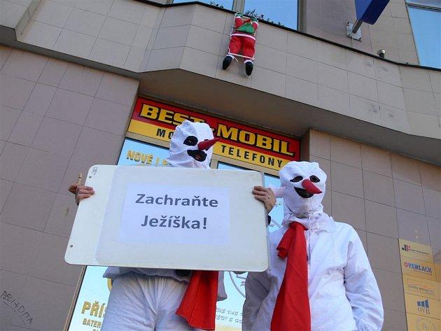Petice Zachraňte Ježíška se pustila do boje za záchranu tradiční postavy českých Vánoc.