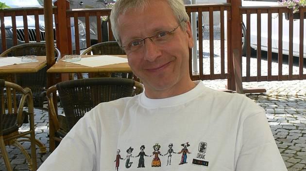 Islandský loutkář a režisér Bernd Ogrodnik