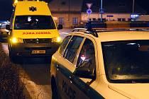 Opilý muž volal ze Slatiňanské ubytovny na policii, že chce spáchat sebevraždu. Nakonec skončil na záchytce.