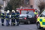 Při srážce škodovek u Slatiňan byli zraněni dva mladíci.