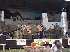 Festival Folk na Lichnici přilákal zhruba 450 diváků.