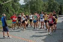 Ze 13. ročníku krosu na 11,2 km v Třemošnici.