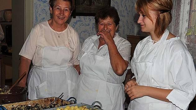 Ve skanzenu na Veselém Kopci byla tradiční Bramborová sobota.