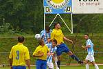 ČESTNÁ PROHRA. V prvním kole Ondrášovka Cupu narazili divizní fotbalisté místního AFK na druholigového soupeře a bojovali proti favoritovi bez bázně a hany.