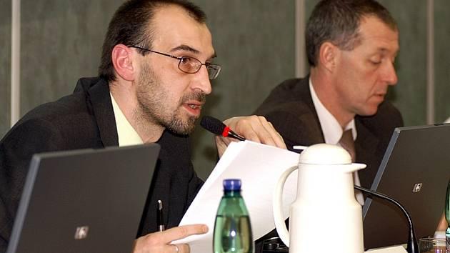 Jan Čechlovský (vlevo na snímku).