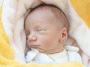 PETR BRYCHTA (2,53 kg a 46 cm) se narodil 22.3. ve 21:00 ve Fakultní nemocnici Brno.