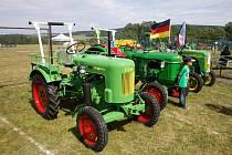 Traktorů se sešlo osm desítek